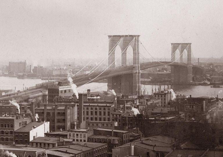 19th century photograph of the Brooklyn Bridge