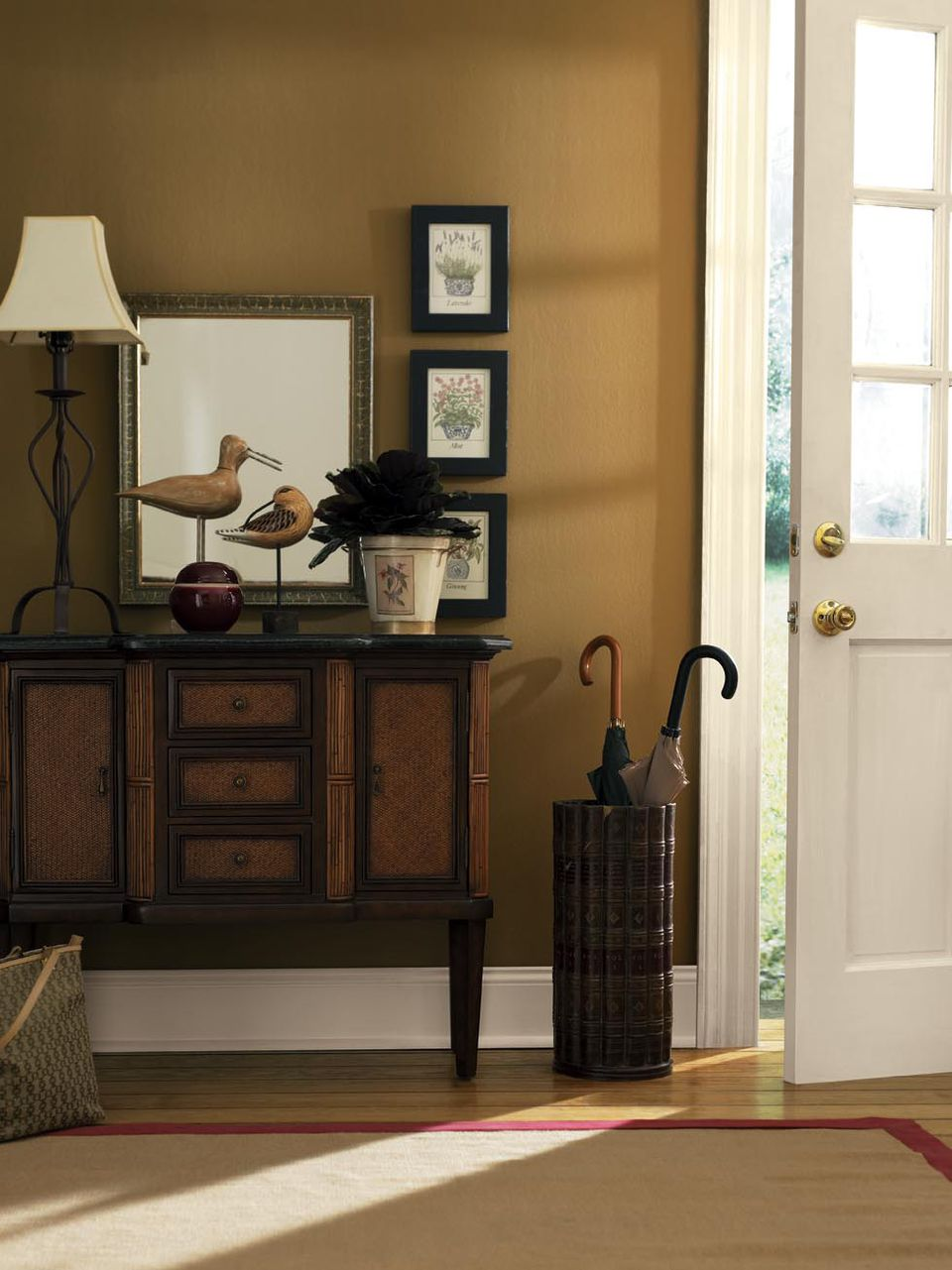 Welcoming Foyer Paint Color : Designer s top picks for foyer paint color