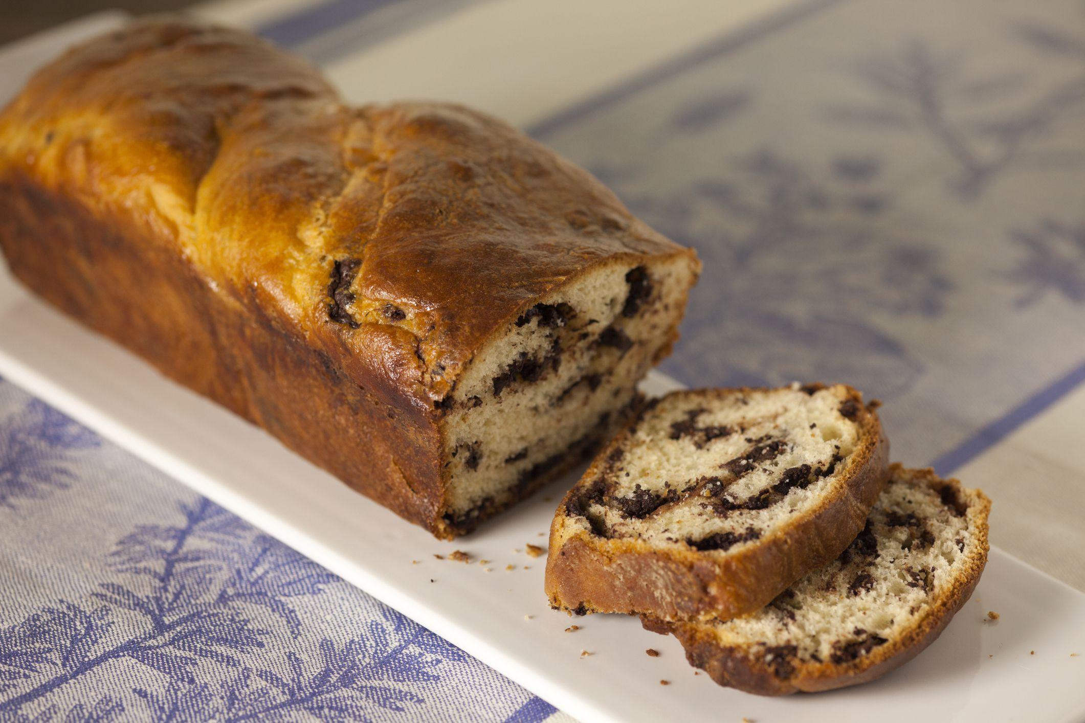 Jewish Cinnamon Babka Bread Dessert Recipe