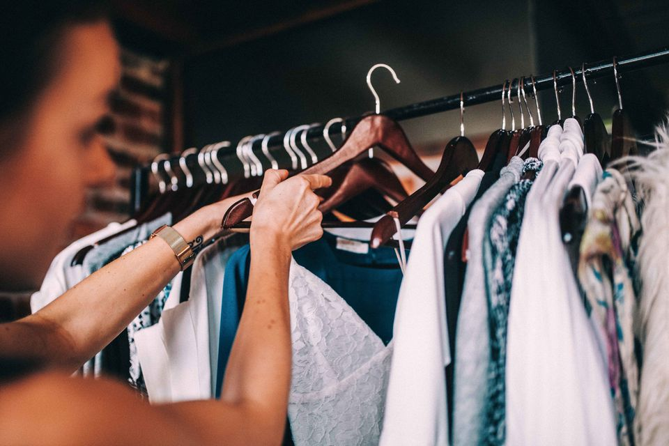Hanging up clothing