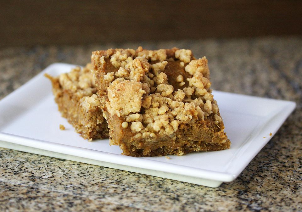 Pumpkin Squares with Crumb Topping