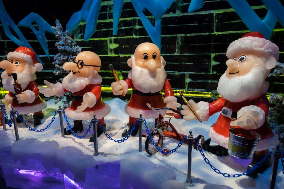 ICE 2015 Santa Claus is Coming to Town