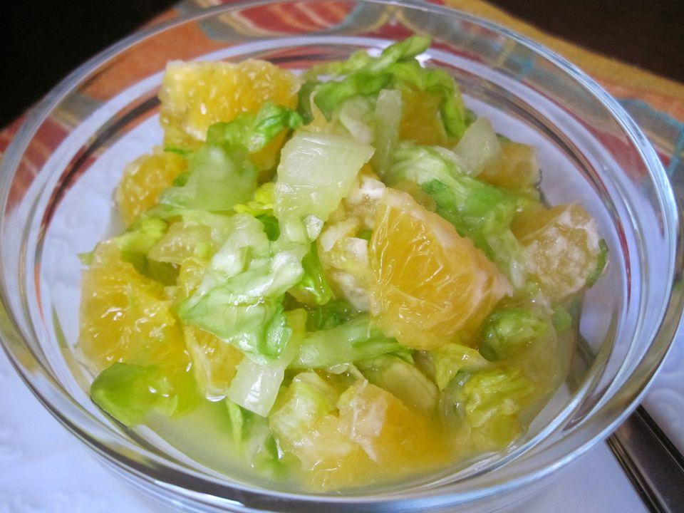 Romaine-Salad-with-Orange-4000-x-3000.jpg