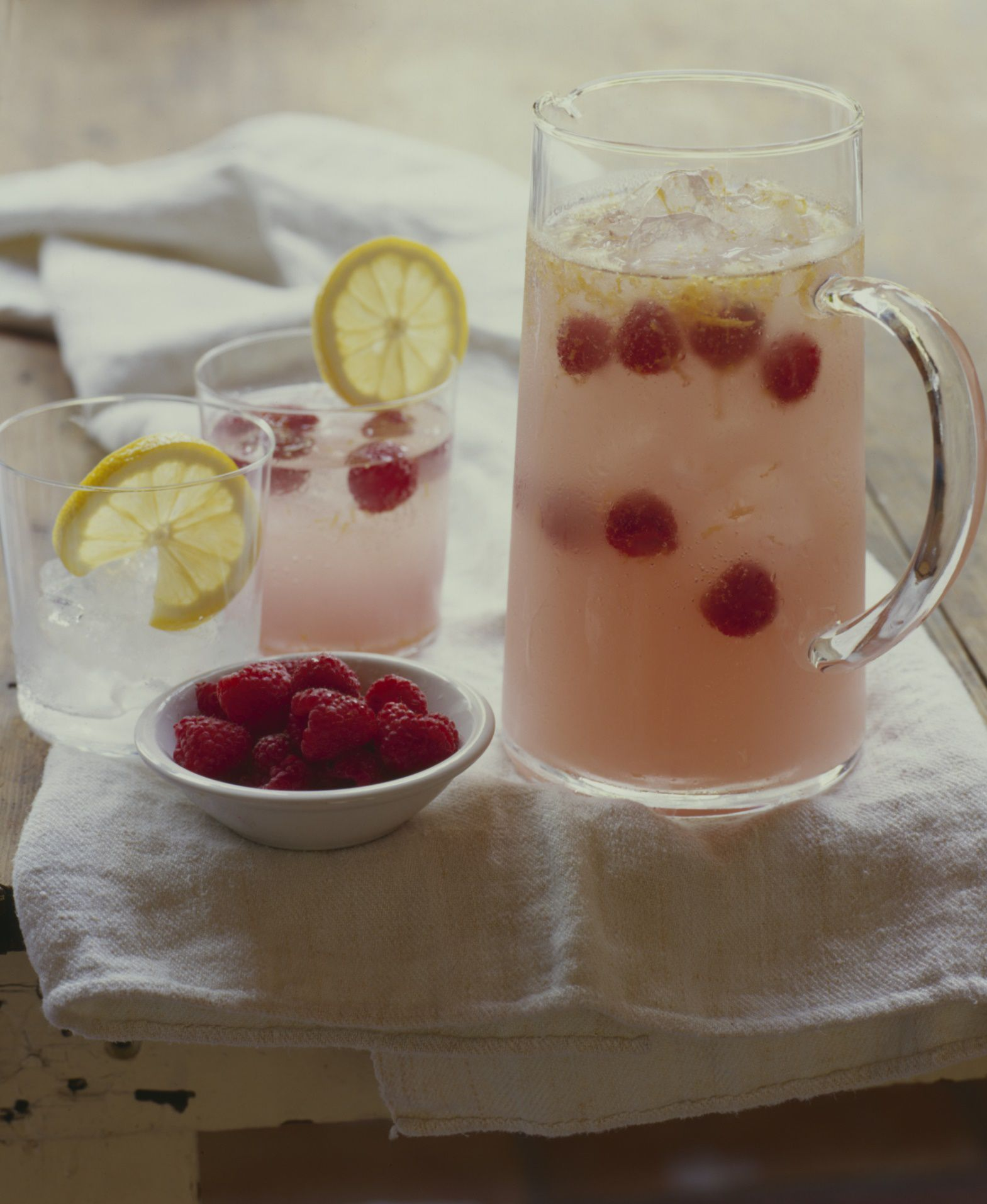 Raspberry tequila sangria recipe summer party cocktails for Party drinks with tequila