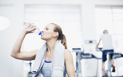 fluid replacement guidelines for athletes
