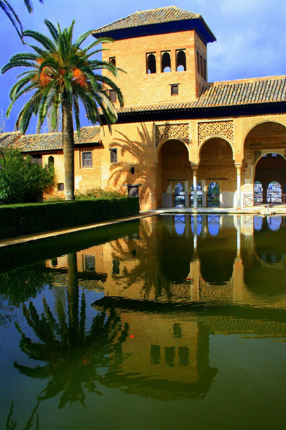Buying alhambra tickets and tours - Alhambra ticket office opening hours ...