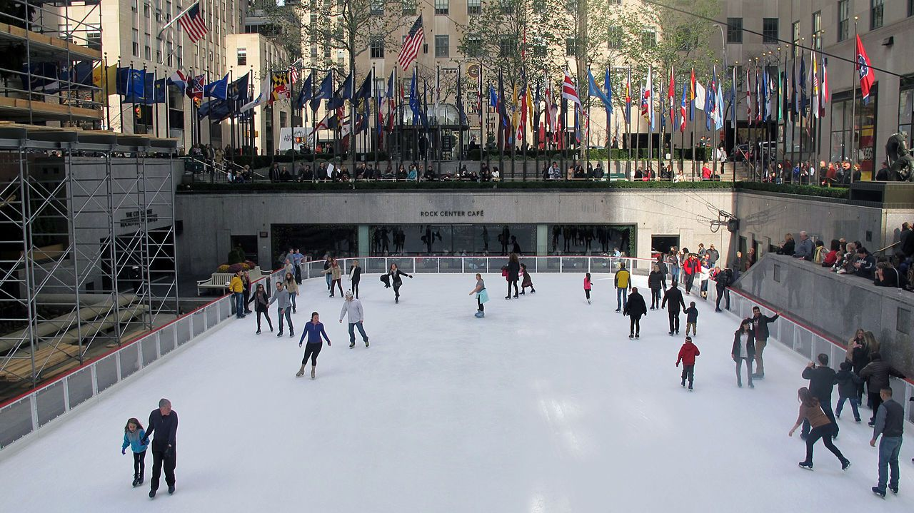 What to do when it snows or is cold in new york city for Winter activities in nyc