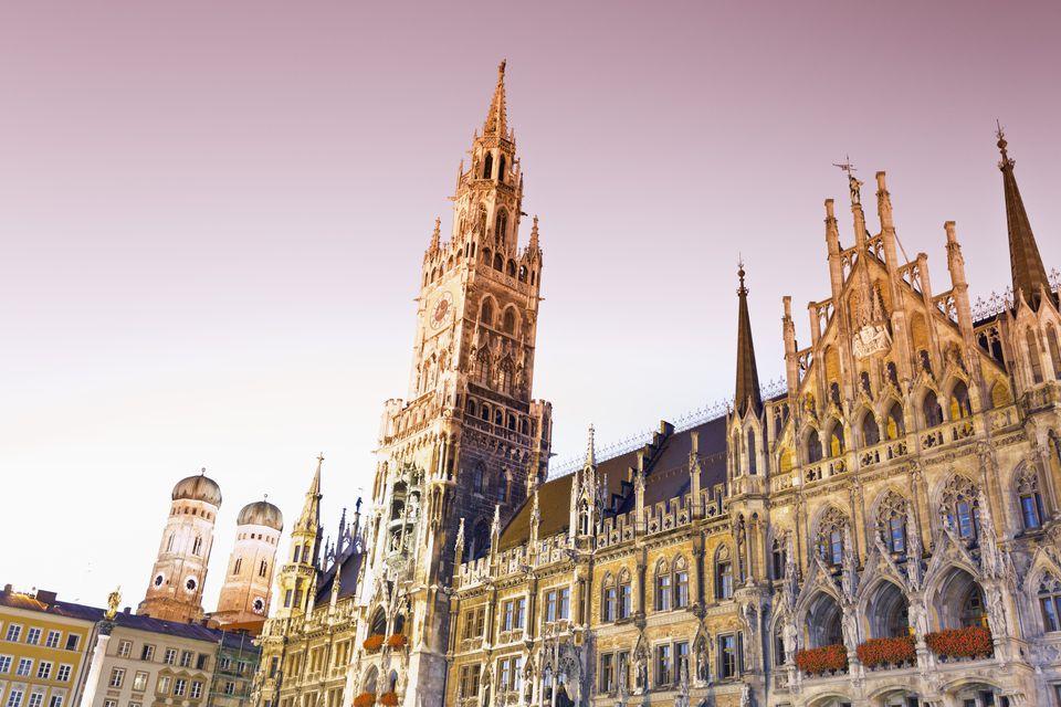 Germany, Bavaria, Munich, New Town Hall at Marienplatz