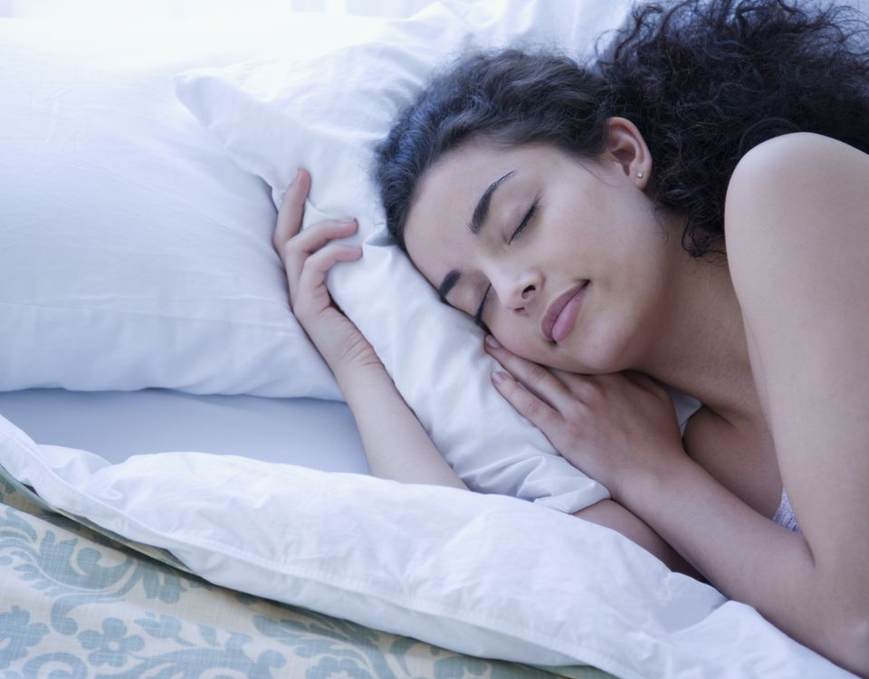 14 habits that will help you sleep better.