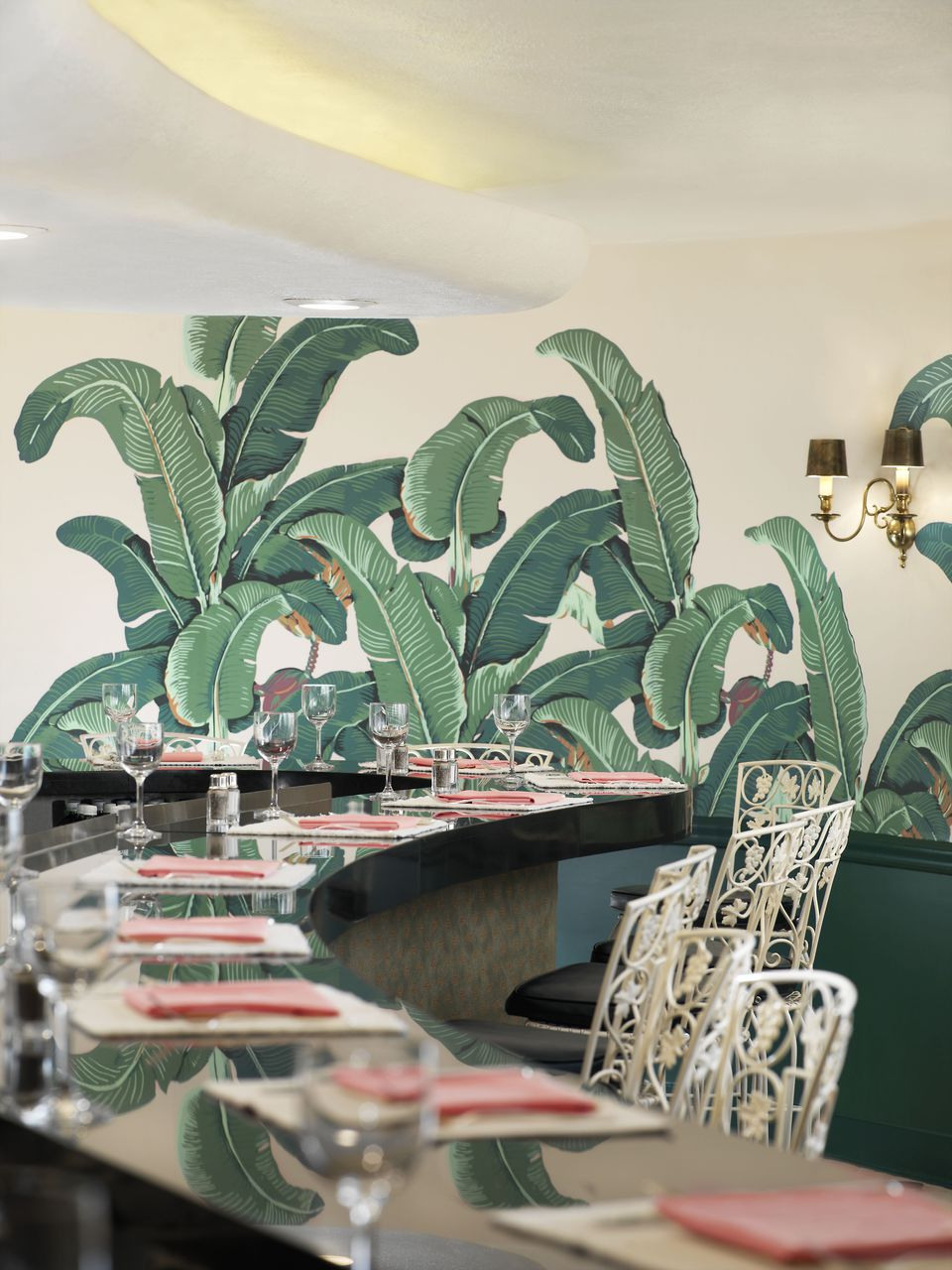 Banana leaf wallpaper at the Beverly Hills hotel