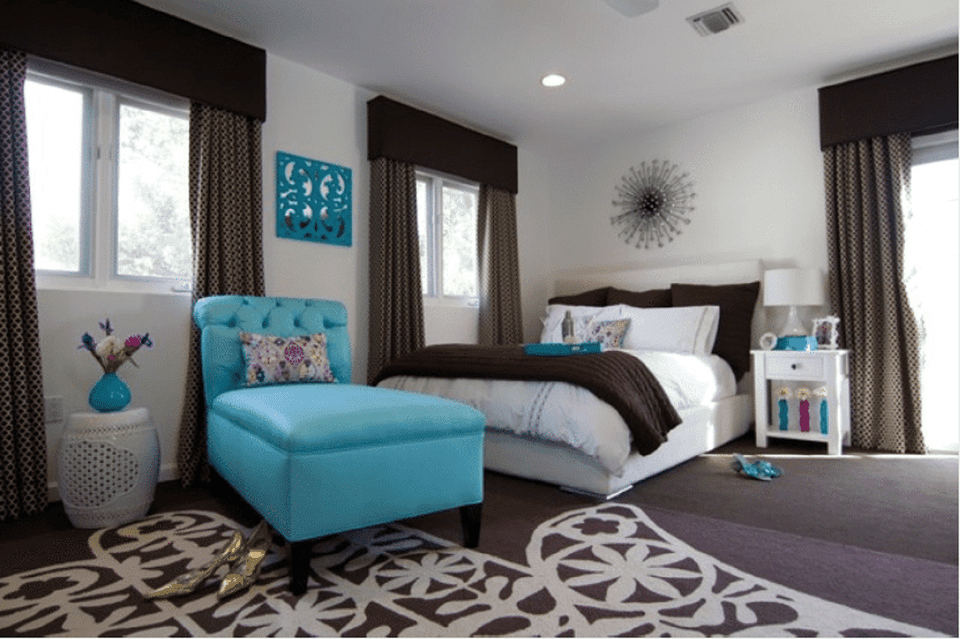 Blue and brown bedroom. Blue Bedroom Decorating Tips and Photos