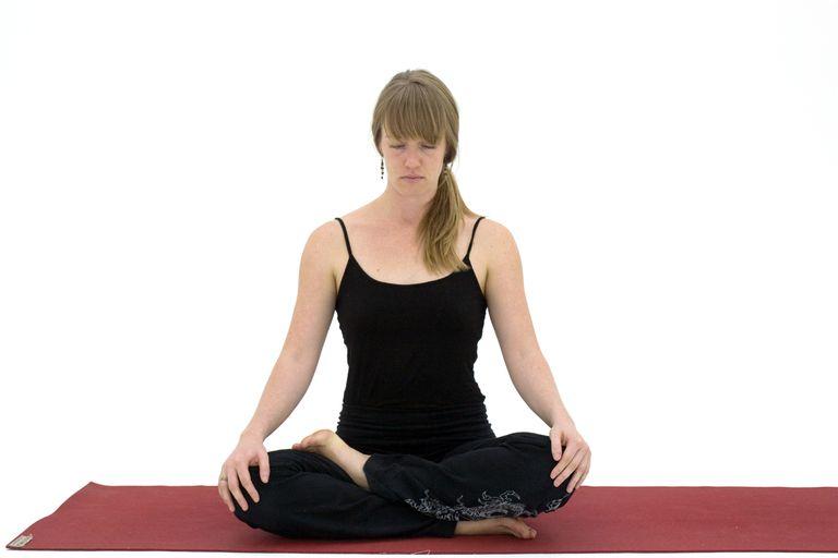 How to Do Half Lotus Pose - Ardha Padmasana