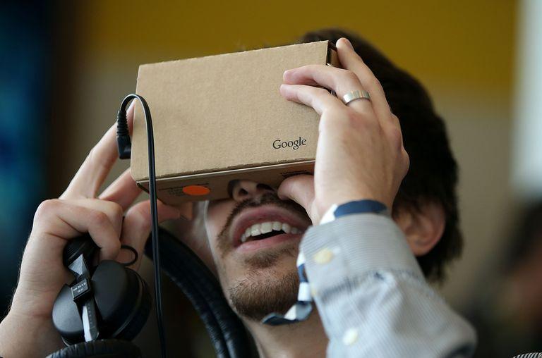 Cardboard de Google, un sencillo dispositivo que te transporta a la realidad virtual