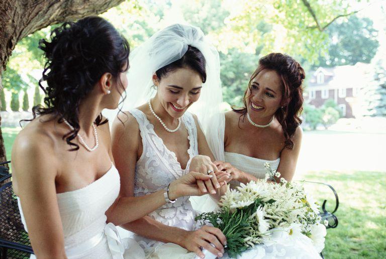 Empieza ya a cuidarte y luce manos preciosas el dia de tu boda.