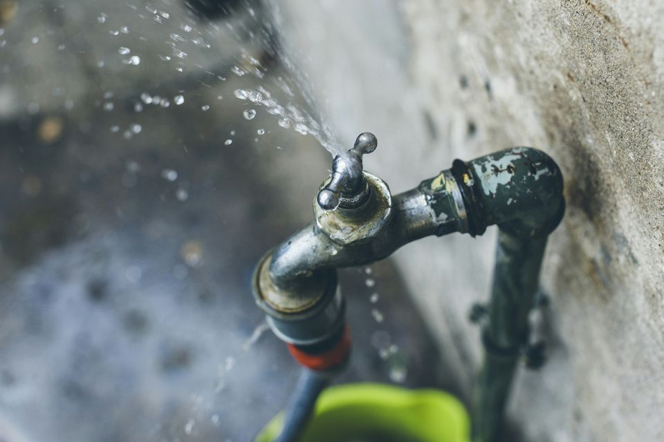 How to Turn Off the Water For Plumbing Repairs
