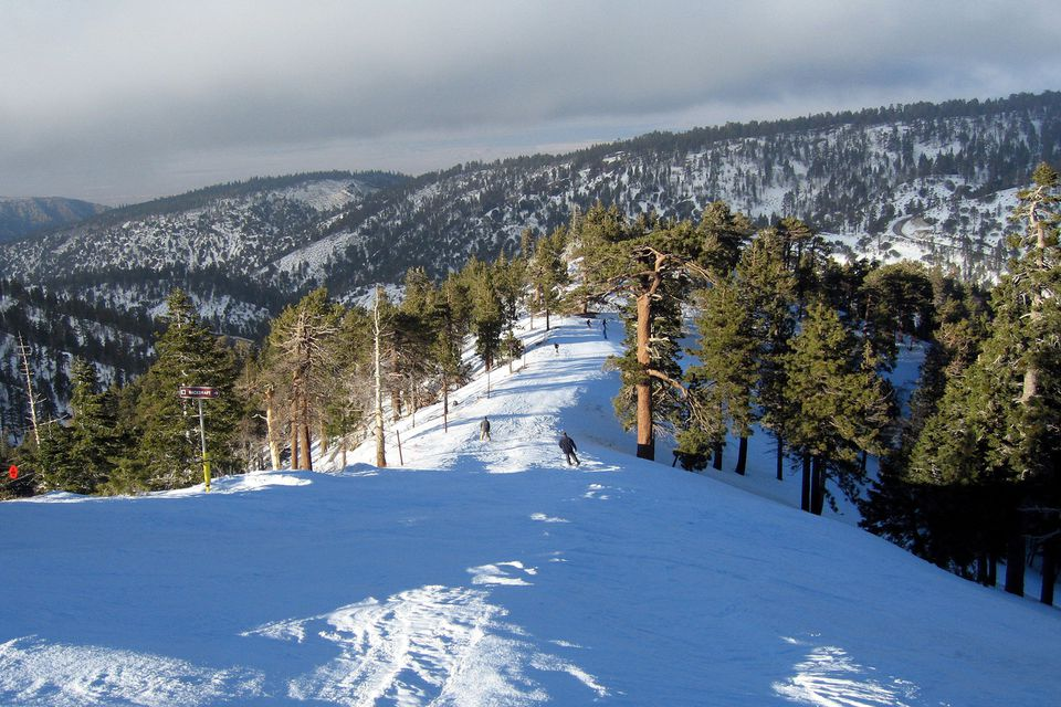 Skiing And Snowboarding In Southern CA Near Los Angeles