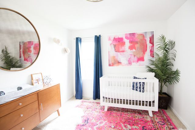 Modern Midcentury-inspired girls room in pink and navy