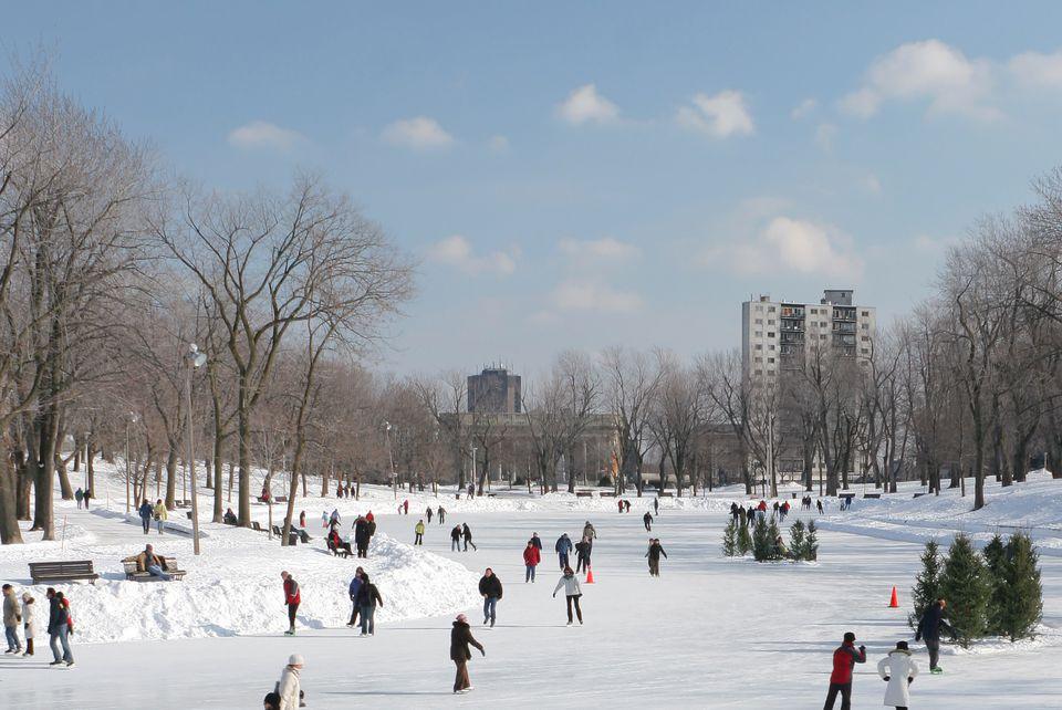 Parc La Fontaine ice skating 2017-2018 season details.