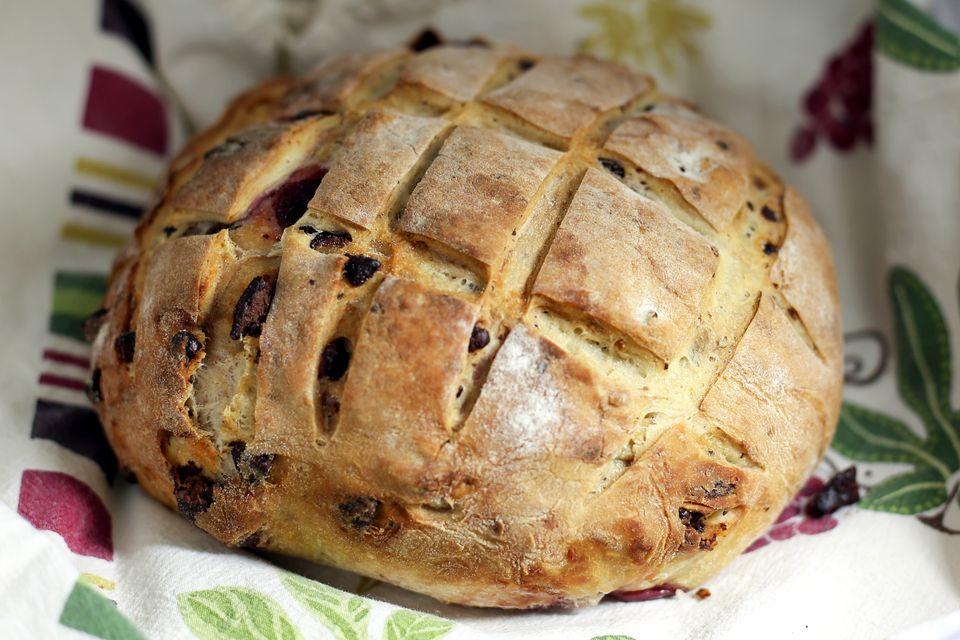 cherry chocolate yeast bread