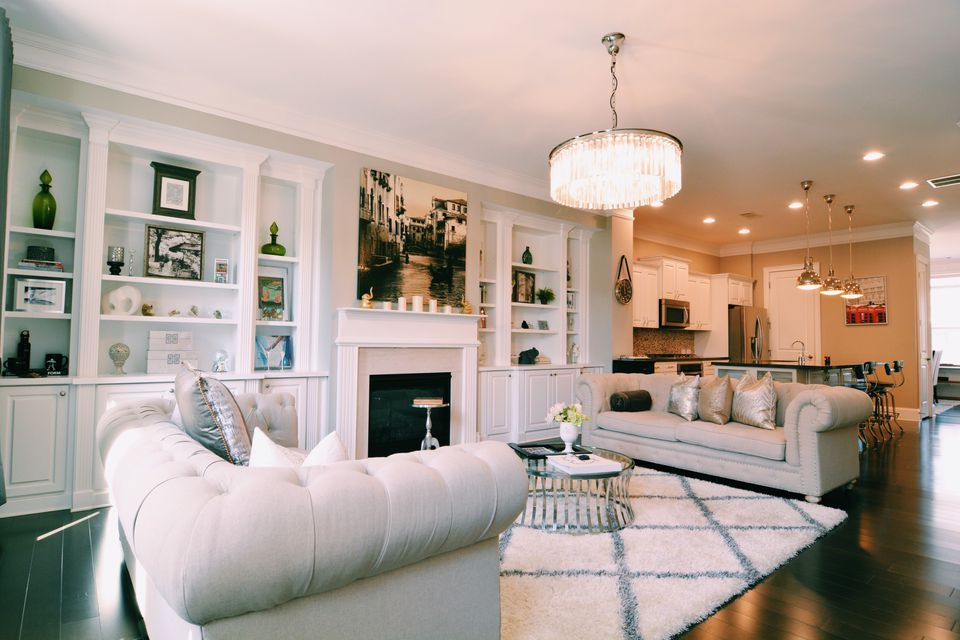 Room Arranging: 10 Rules For Arranging Furniture