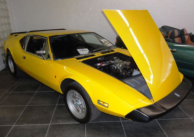 1973 De Tomaso Pantera in Speed Yellow