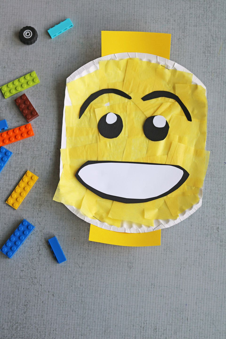 DIY: Paper Plate Lego