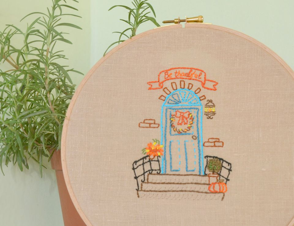 Be Thankful Front Porch Embroidery Design