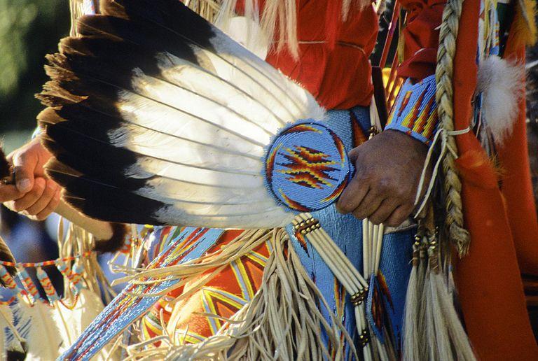 NativeAmericanEagleFeather_1500.jpg