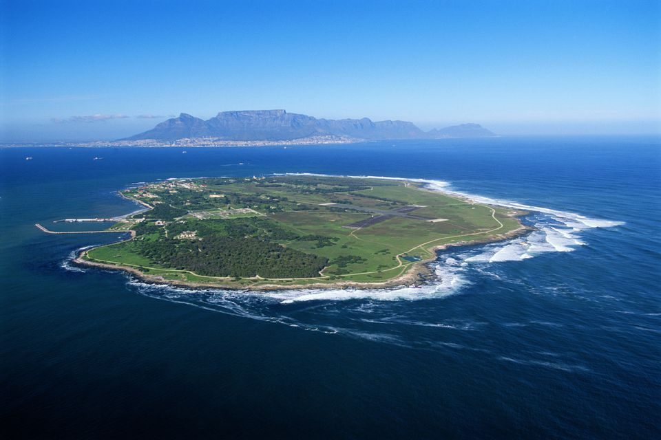how to get to robben island from cape town