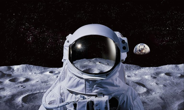Astronaut on moon