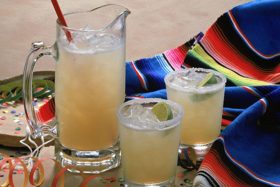 Cinco de Mayo Cocktails and Margaritas