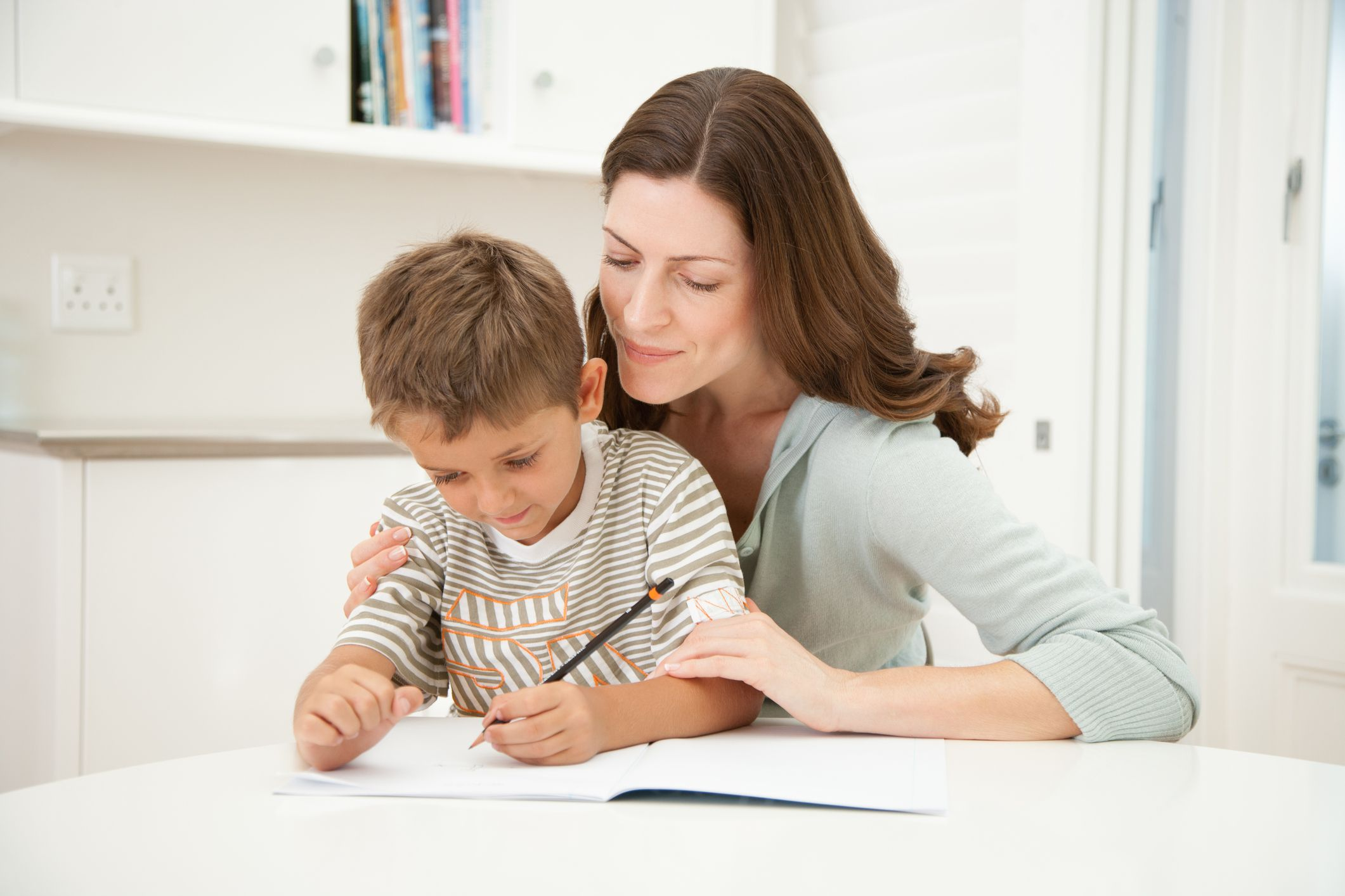 Fun in First Grade  Tips for Parents   How to Help My Child     Where should your child do homework