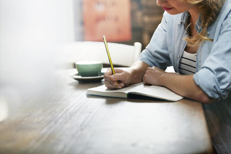 Woman working in a coffee shop