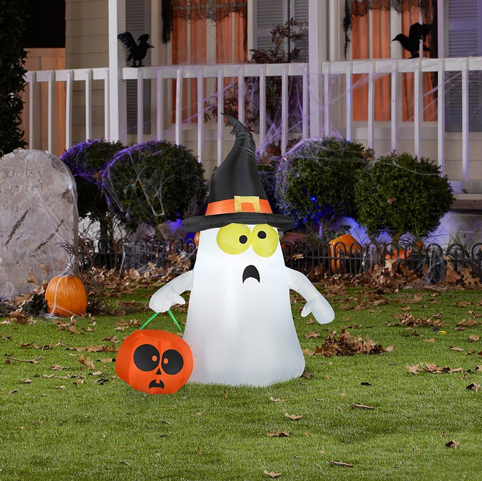 the 8 best outdoor halloween decorations to buy in 2018