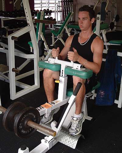 Calf raise machine