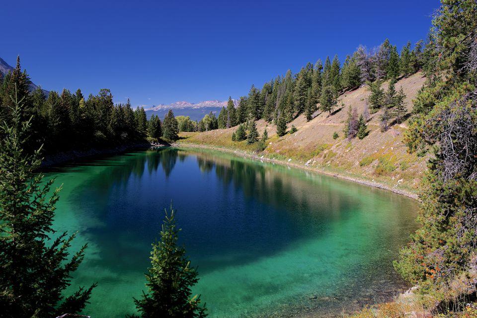 File:Valley of Five Lakes (9826528935).jpg