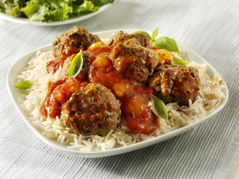 meatballs with rice and tomatoes