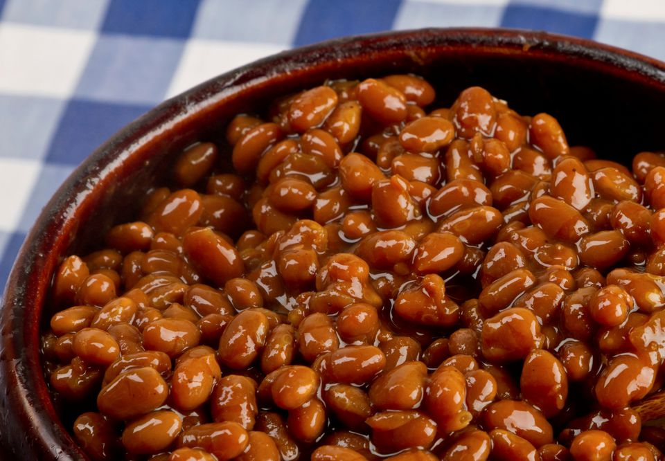 Vegetarian baked beans in the crockpot