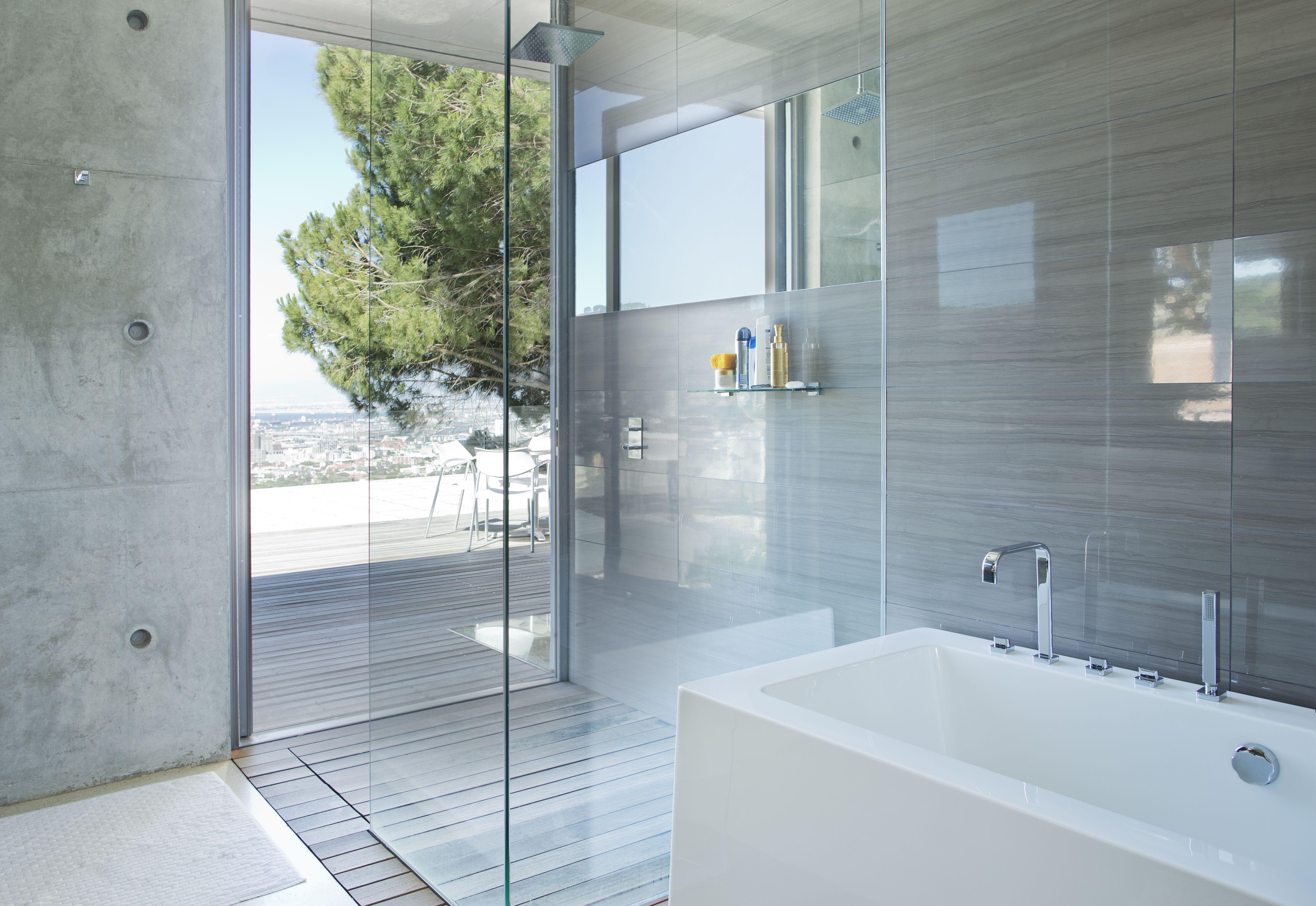19 Beautiful Shower Designs