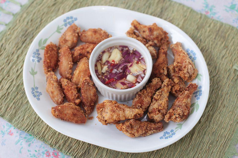 Vietnamese fried chicken wings