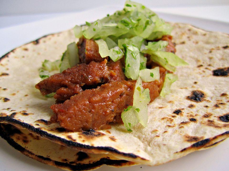 Vegetarian seitan tacos
