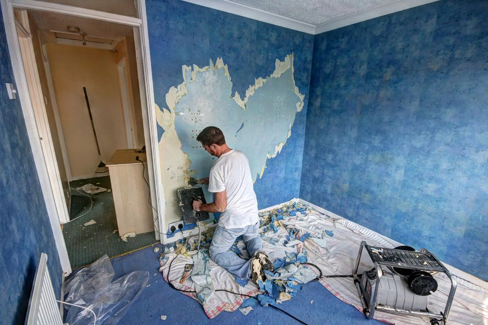 Removing Wallpaper Prior To Taking Down Wall - 134308985