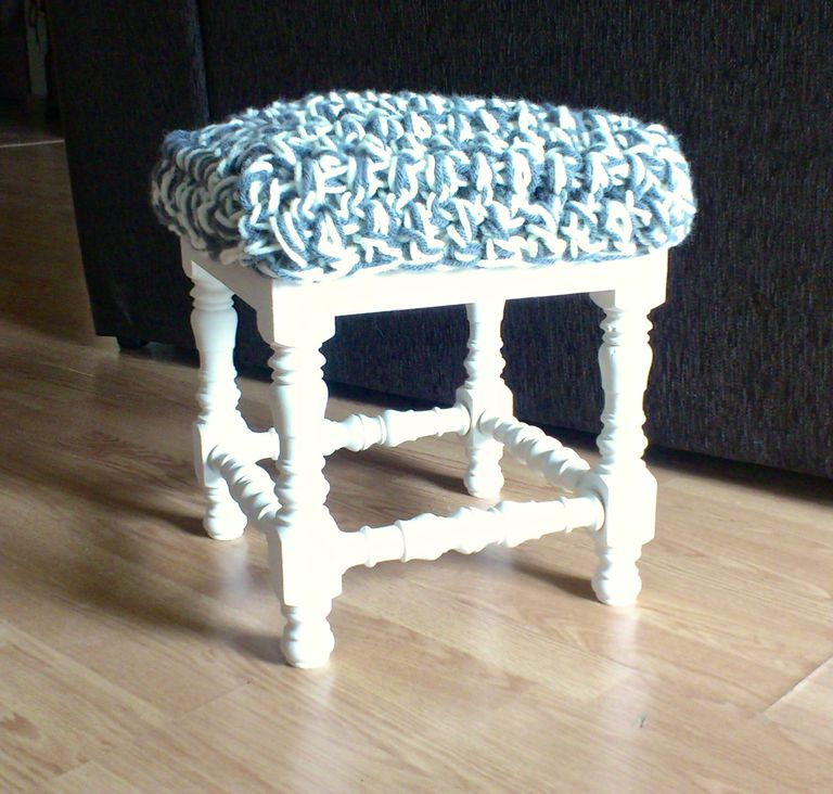 chalk-paint-y-crochet