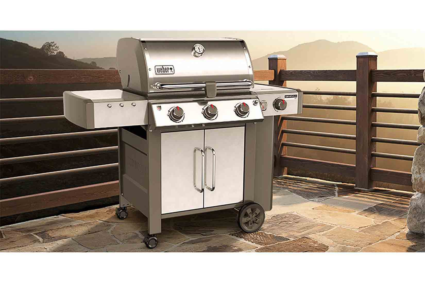 top 10 gas grills between 1 000 and 2 000 for 2017