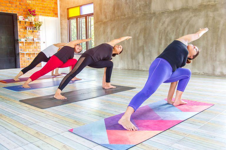 yoga class crunch live
