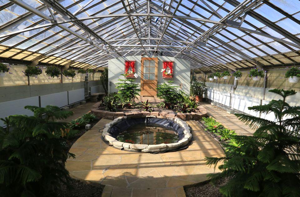 Rockefeller Park Greenhouse, Cleveland, Ohio, USA