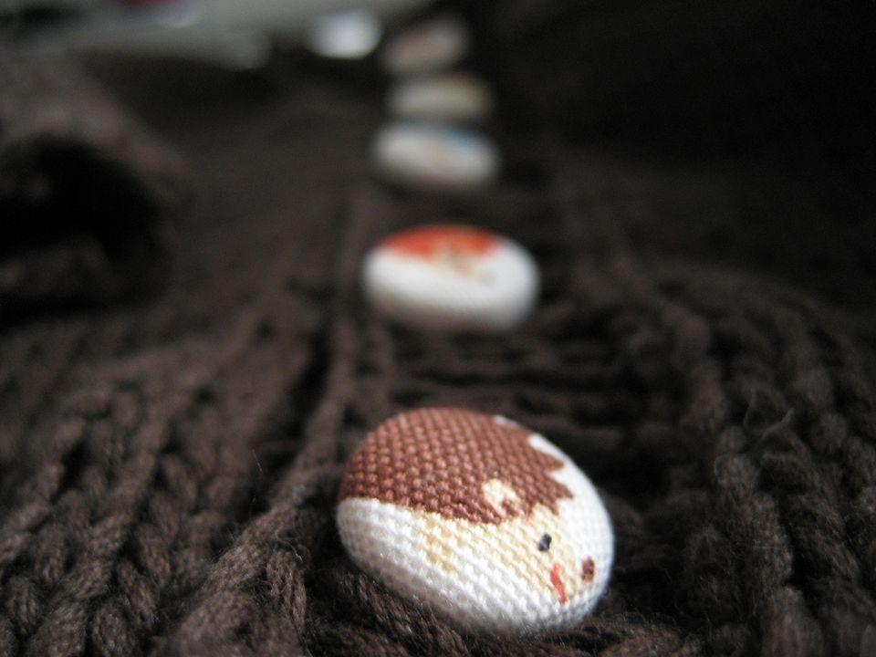 Hedgehog shank buttons