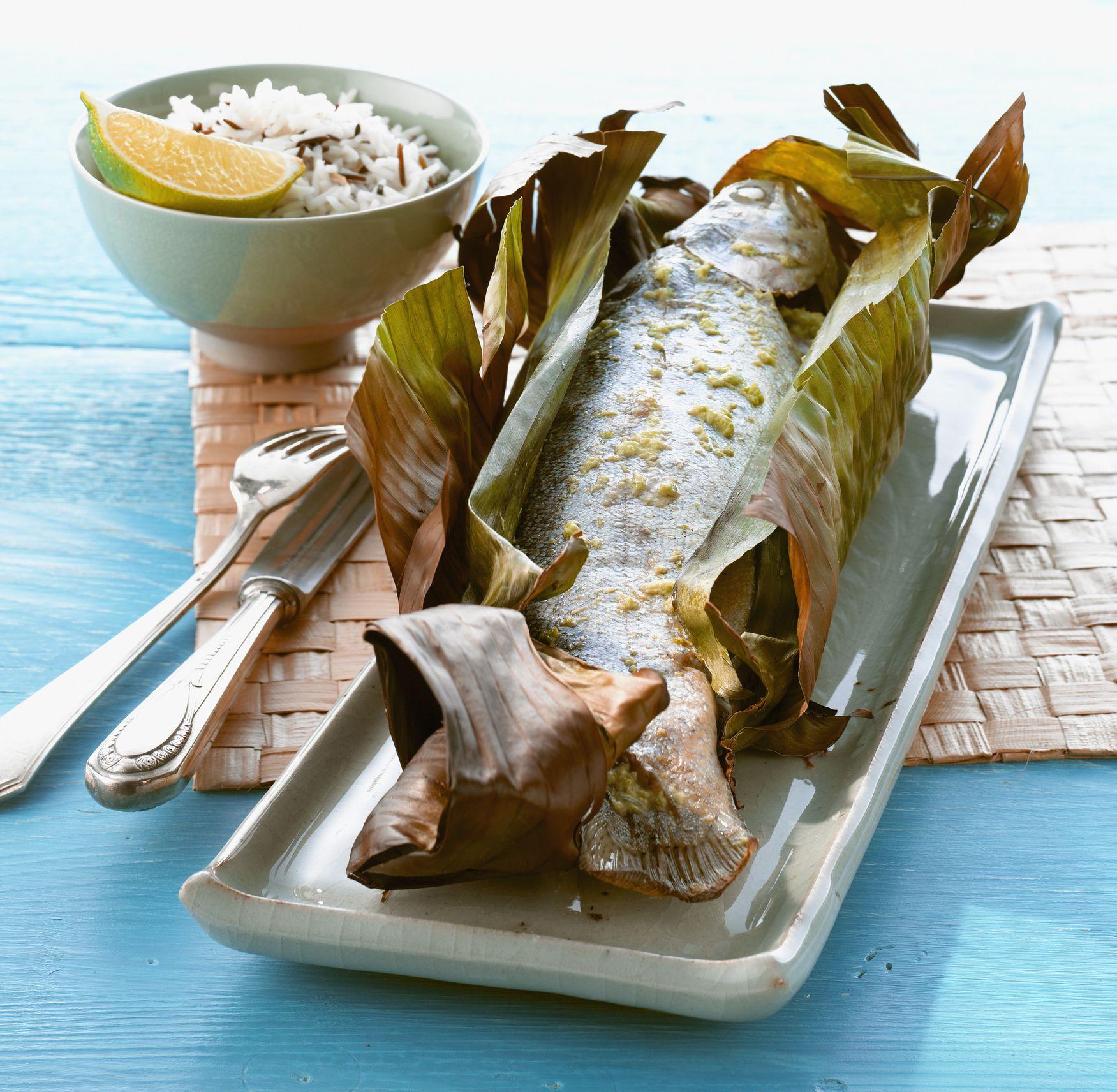 thai baked fish in banana leaf recipe. Black Bedroom Furniture Sets. Home Design Ideas
