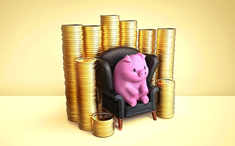 piggy bank_stack of coins