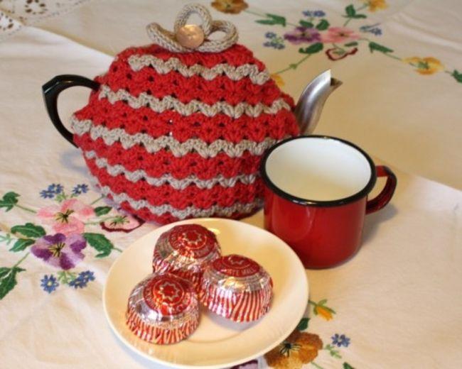 Caravan Teacosy Free Crochet Pattern